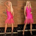 Яркое розовое клубное платье